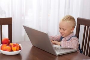 外資のビジネスでも日常生活でも使える便利な英語表現と学習法